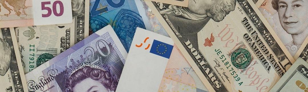 cross currency blog pic.jpg